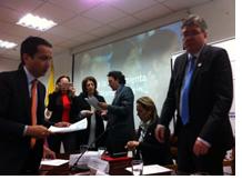 Barbosa Rozo se pronunció luego de participar ayer en el acto de entrega de dichos excedentes y la firma del compromiso ético por el manejo transparente de esos recursos, que se cumplió ayer en Bogotá